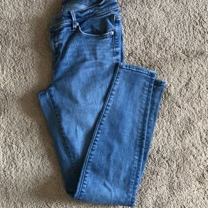Medium wash leggings denim